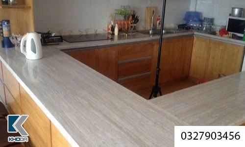 Đá ốp bàn bếp vân gỗ
