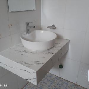 Bàn đá lavabo trắng vân đen