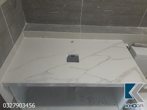 Bàn đá lavabo trắng vân rối